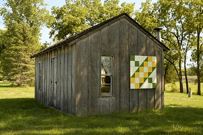Raymond & Darlene Fitkin | Black Hawk County Barn Quilts | Jacob's Ladder | Cedar Falls, Iowa