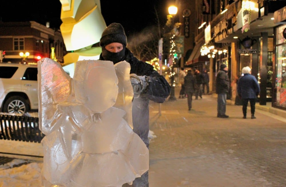 Holiday Events 2017 | Ice Sculptors at Holiday Hoopla's, Baby It's Cold Outside event