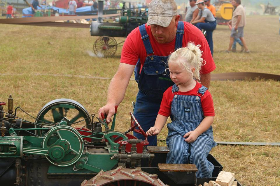 Family-friendly activities and events at the Old Time Power Show at Antique Acres in Cedar Falls, Iowa. August 19-21, 2016.