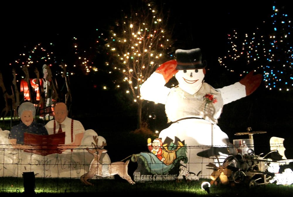 Kersten holiday light display is located northwest of Vinton, Iowa.