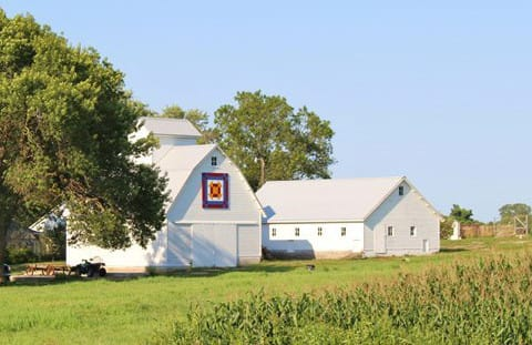 Barn Quilts of Black Hawk County