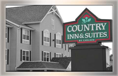 Country Inn & Suites: 64 rooms