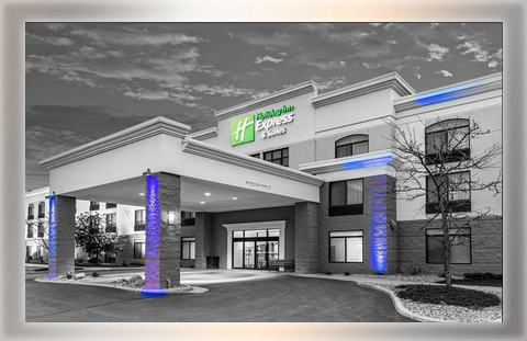 Holiday Inn Express: 66 rooms *Meeting Space Available