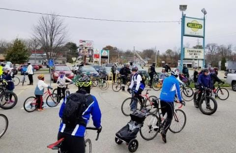 Biking and Running Traditions at Thanksgiving