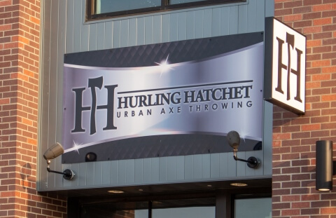Hurling Hatchet Urban Axe Throwing
